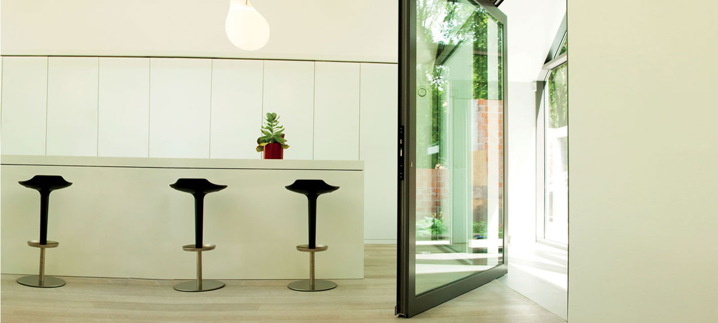 Pivot Doors adds something really special & Pivot Doors - Reynaers at Home