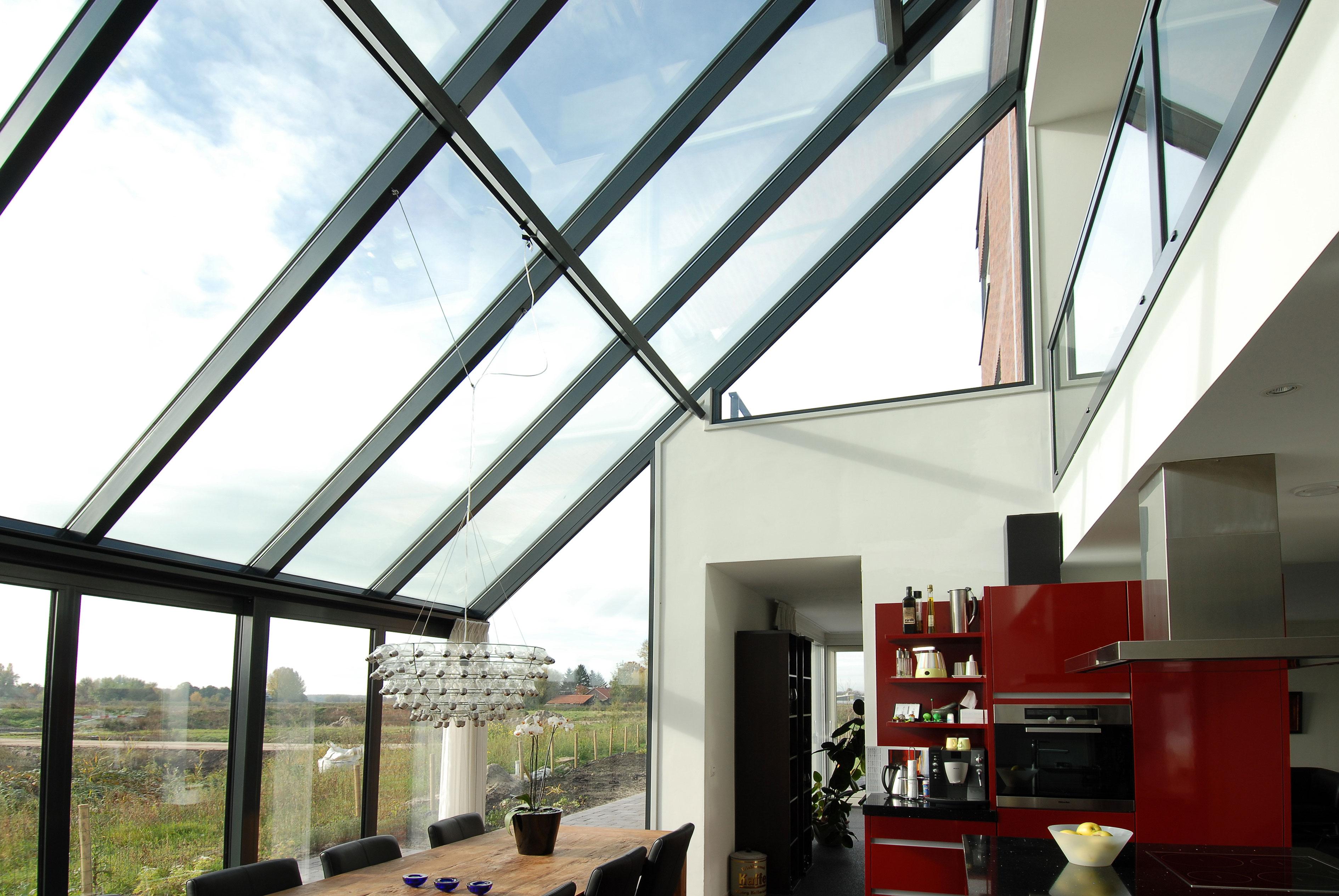 silding doors and roof windows & Combining sliding folding doors with roof windows - Reynaers At Home