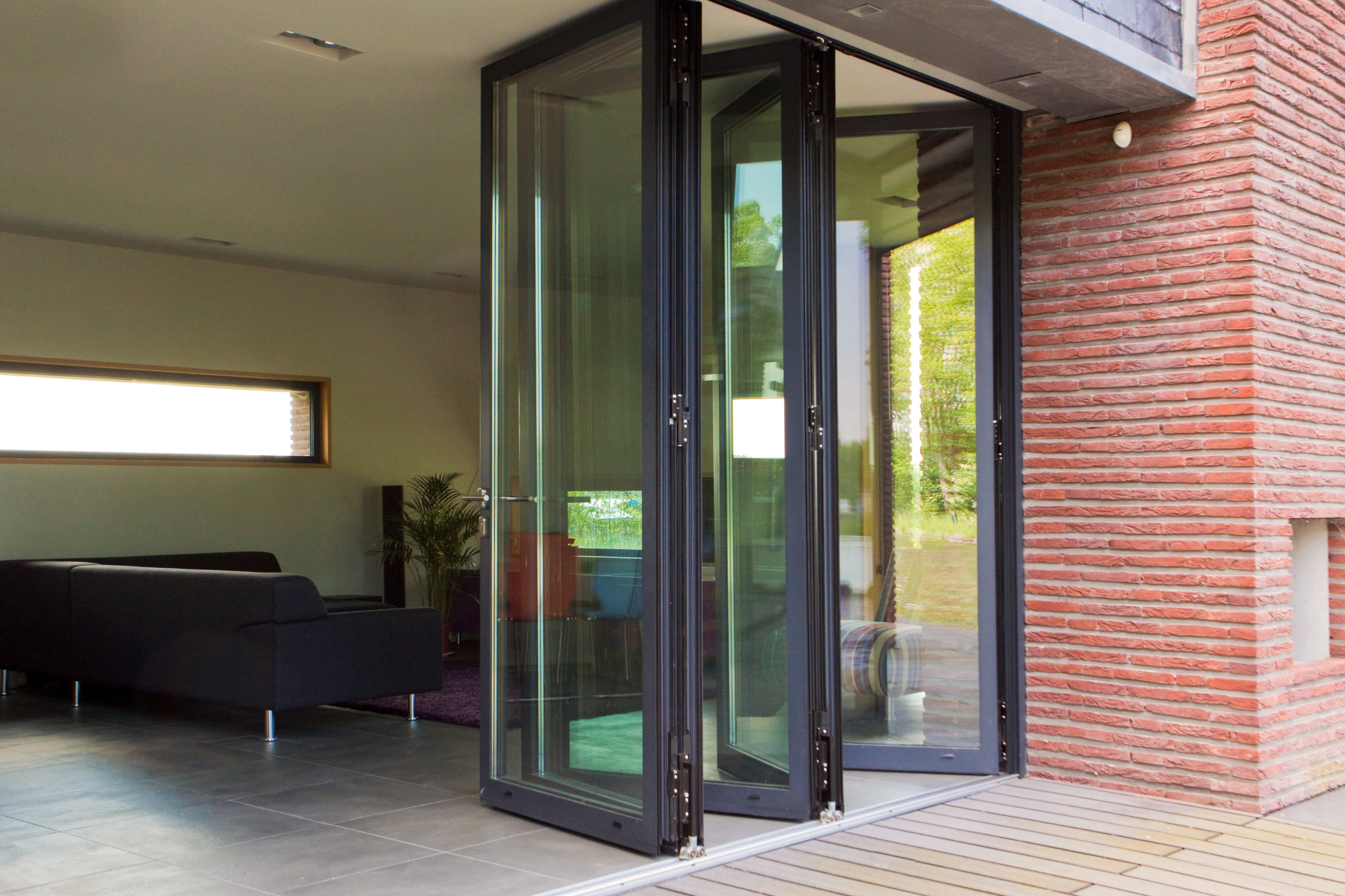 Pairing internal doors with folding patio doors Reynaers at Home