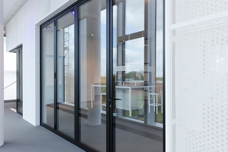 Cf 77 Aluminium Bifold Doors Reynaers At Home