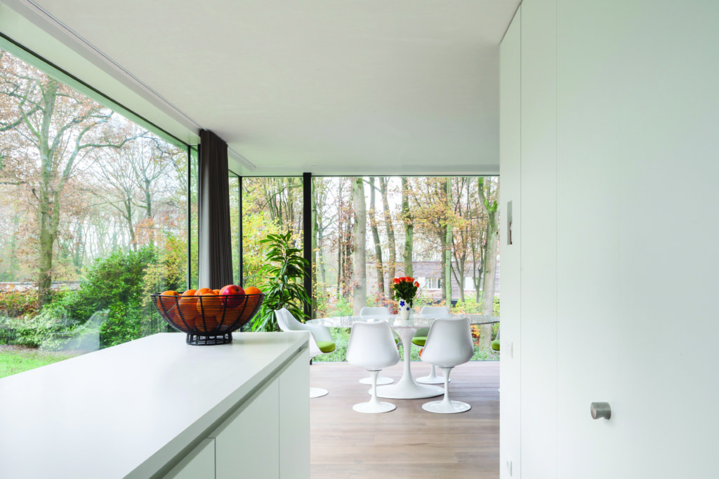 natural light private house with aluminium sliding doors